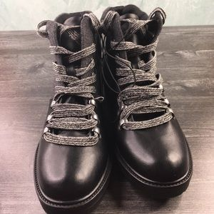 309d10c2527 Universal Thread Karri Lace Up Hiker Boots NWT